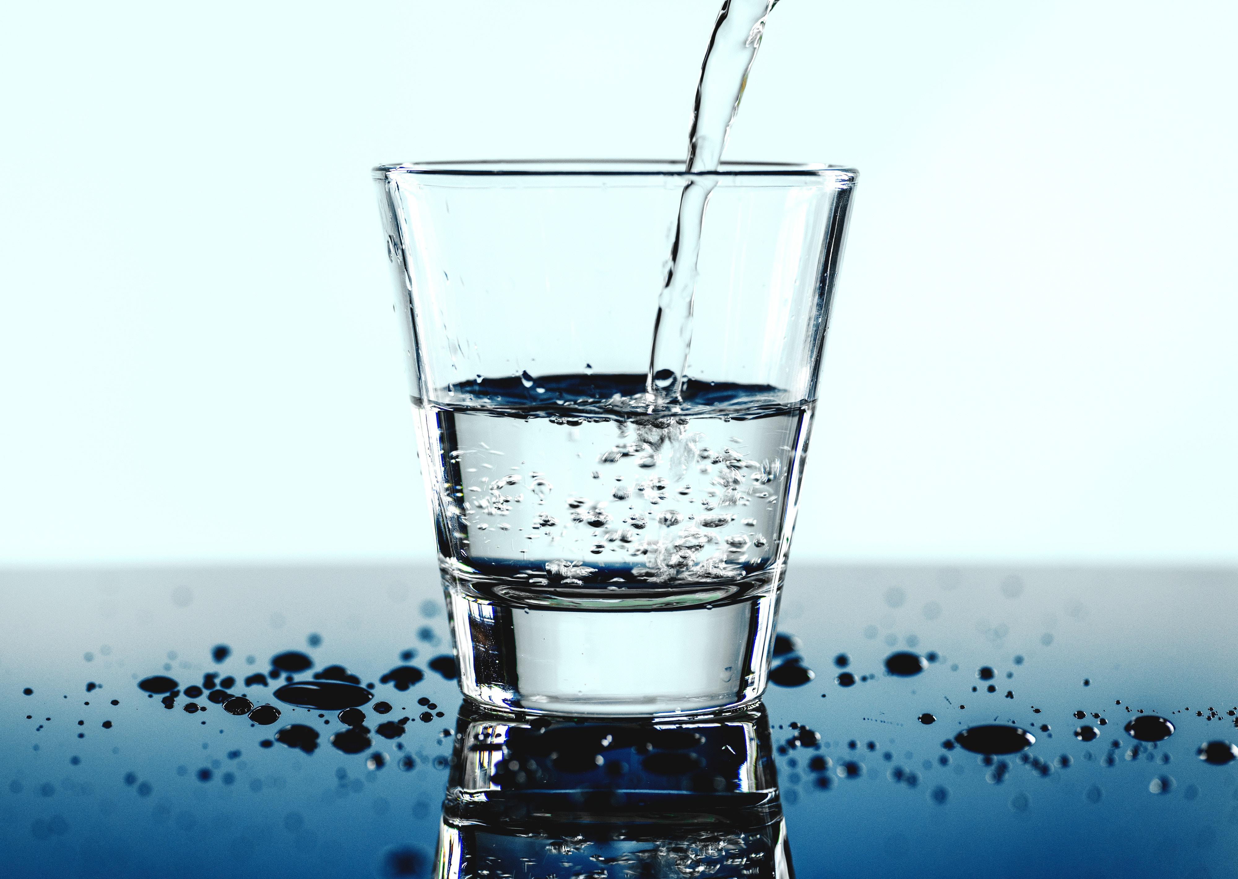photo le verre d'eau